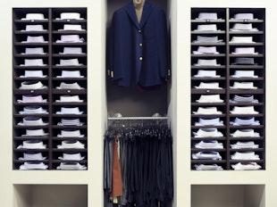 Men:  How to Build A Wardrobe icon