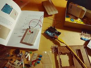 Arduino Circuit Level Up icon
